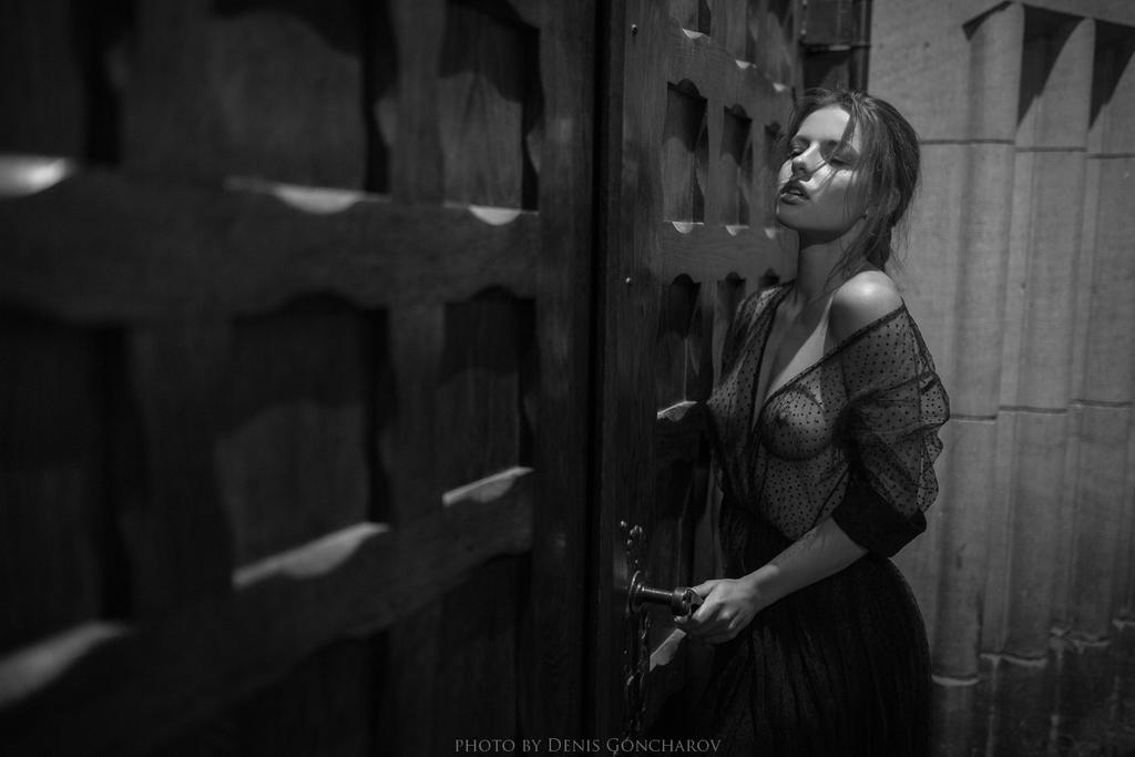 night by DenisGoncharov