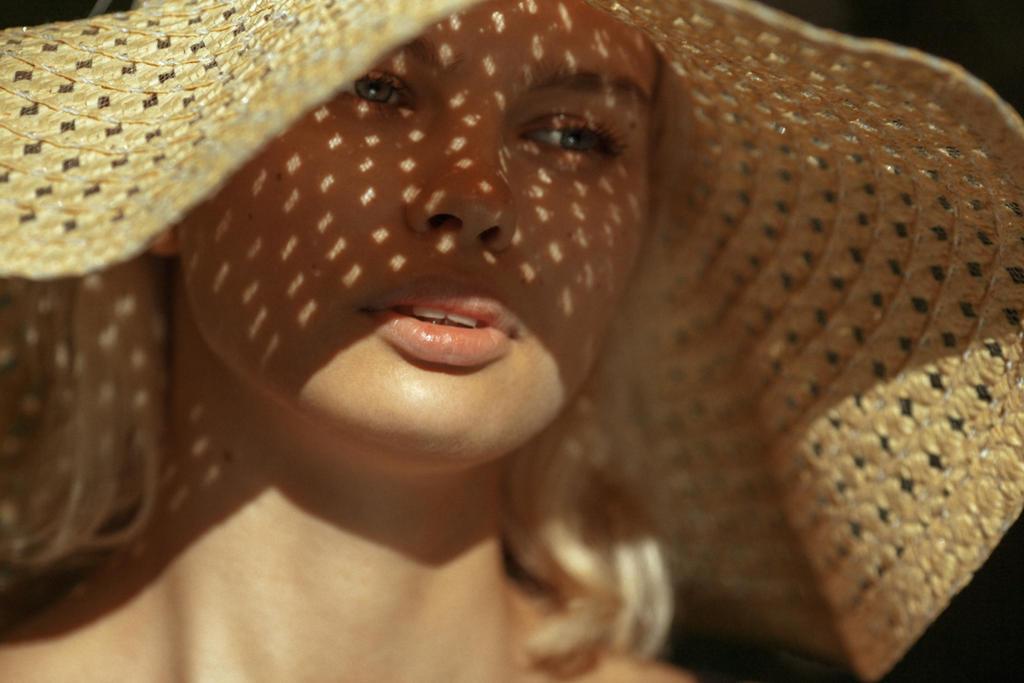 hat shadows by DenisGoncharov
