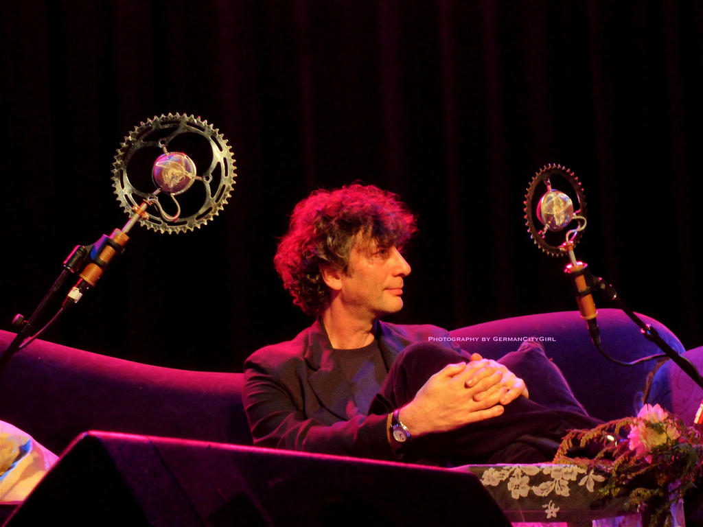 An Evening with Neil Gaiman and Amanda Palmer 036. by GermanCityGirl