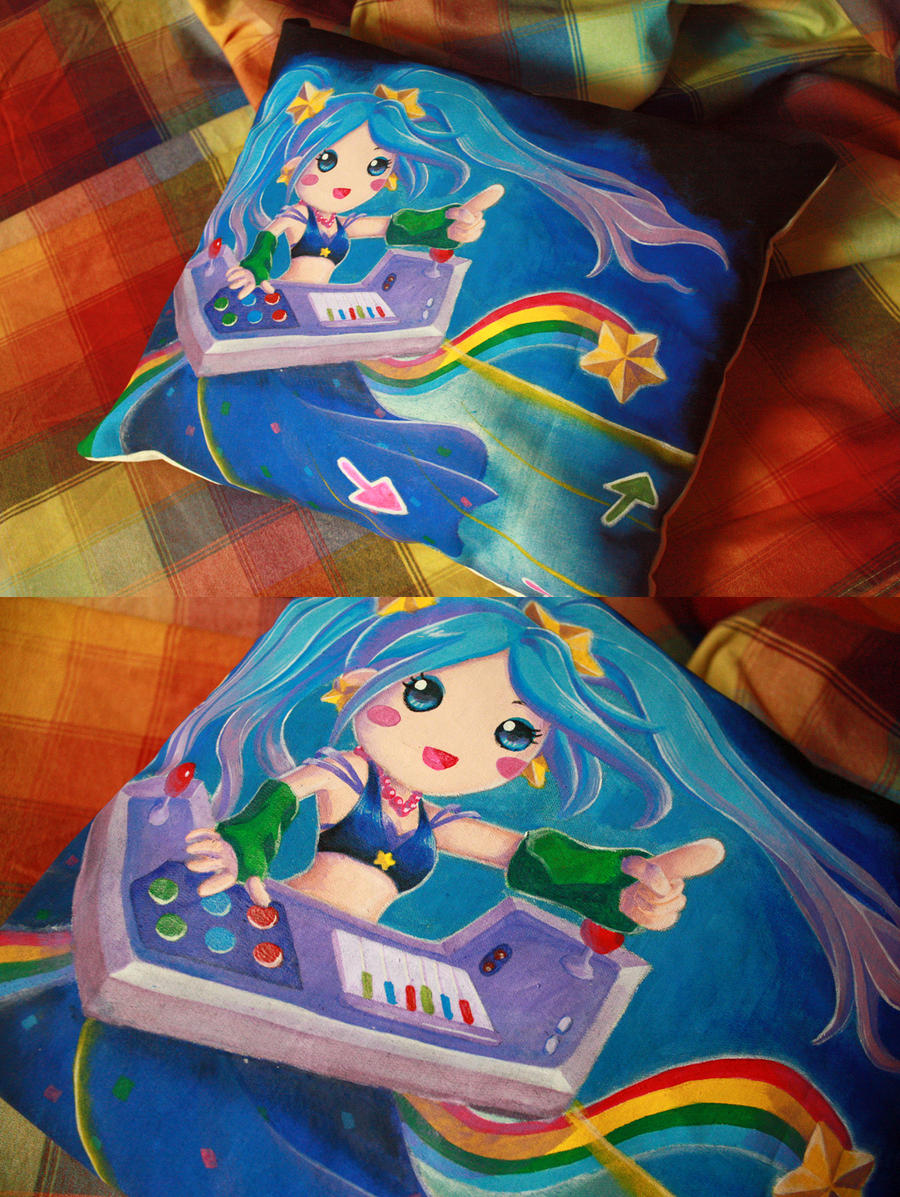 Arcade Sona pillow by Musettethecat