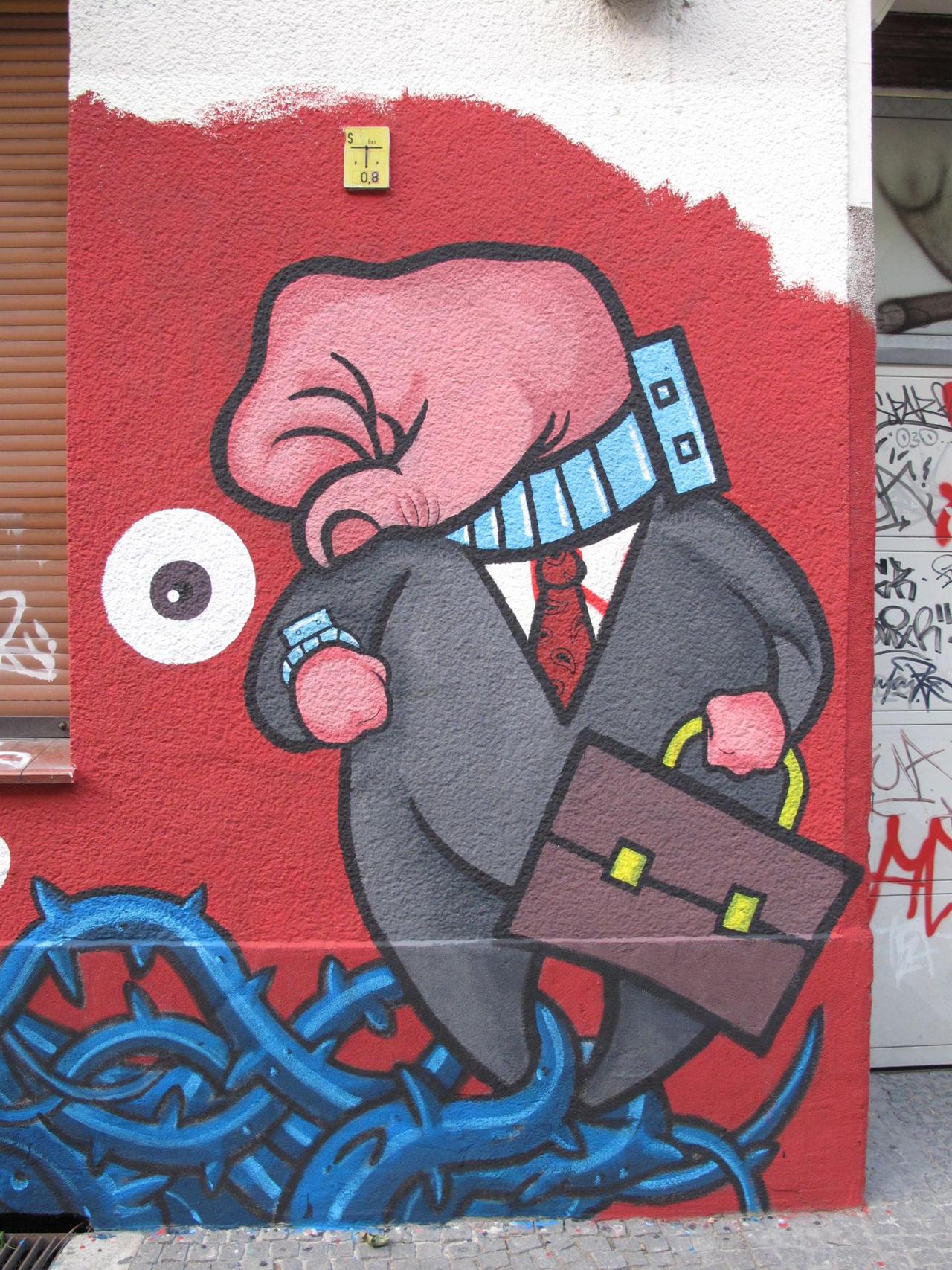 SLAVES, mural in Berlin by Sadboy-Elchicotriste