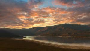 Dusk at the Lake by avkhatri123