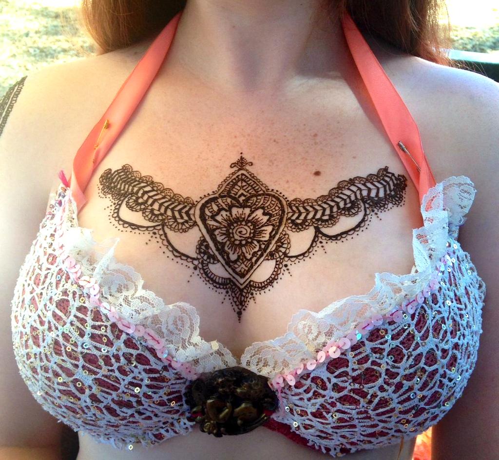 Henna Mehndi Tattoo Designs Idea For Chest Tattoos Art Ideas 015