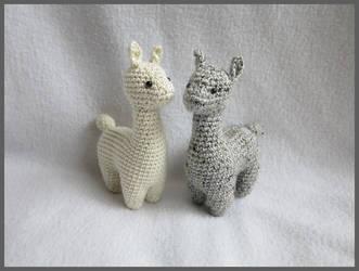 Lucy the Llama amigurumi pattern - Amigurumipatterns.net | 250x331