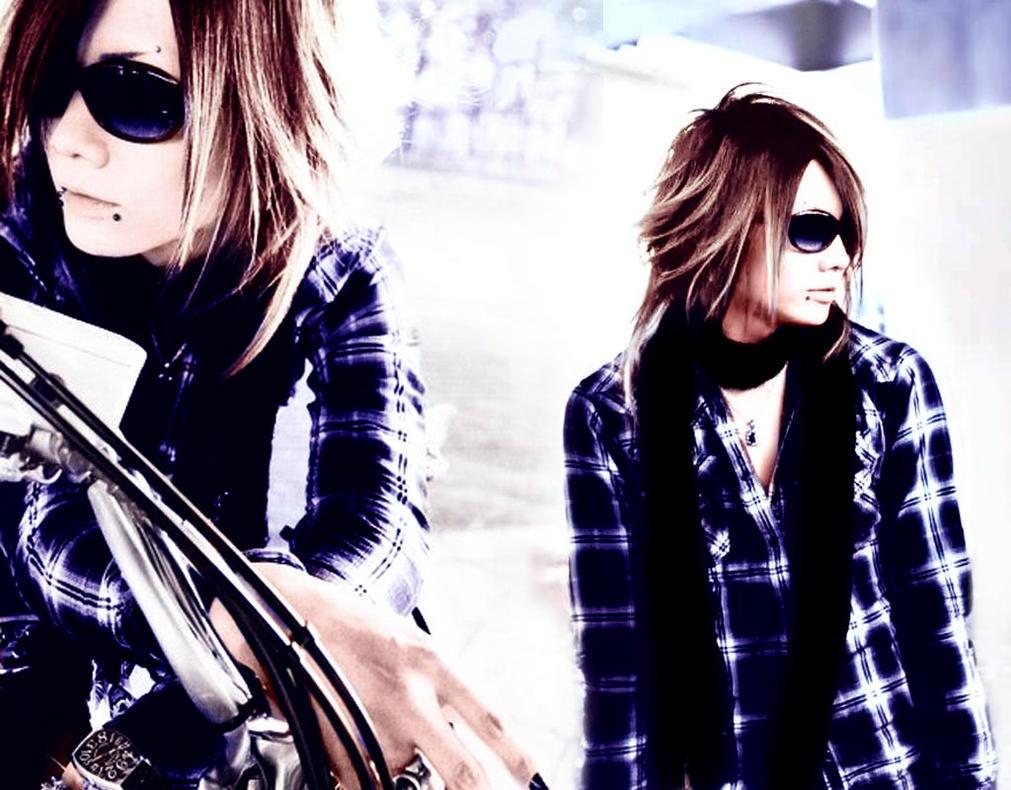 http://th06.deviantart.net/fs71/PRE/f/2011/093/2/4/kazuki_pulse_by_kanu4-d3d48ia.jpg