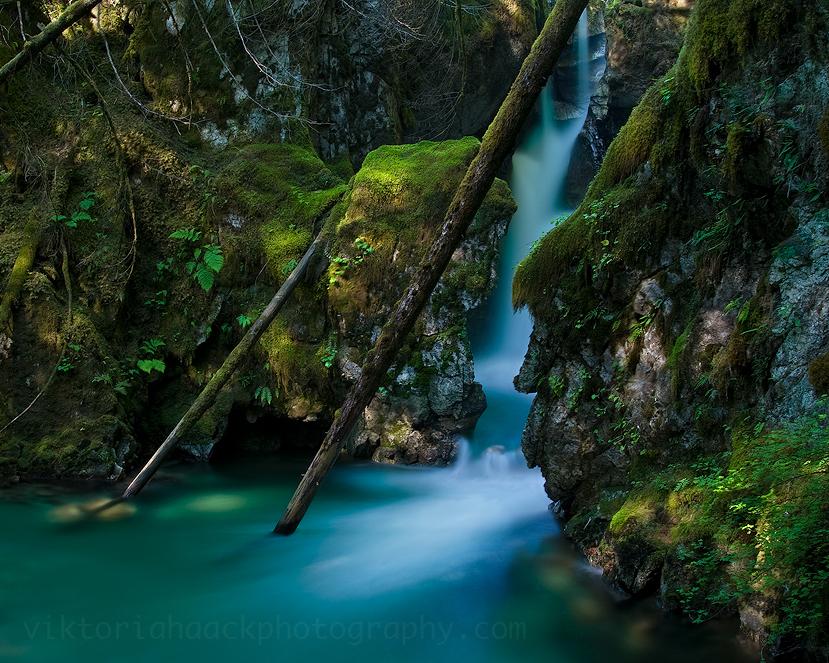 blue falls by islandtime