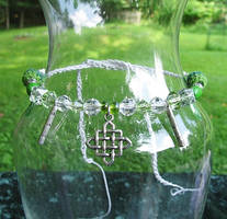 Sidhe Draoi Celtic Necklace by merigreenleaf