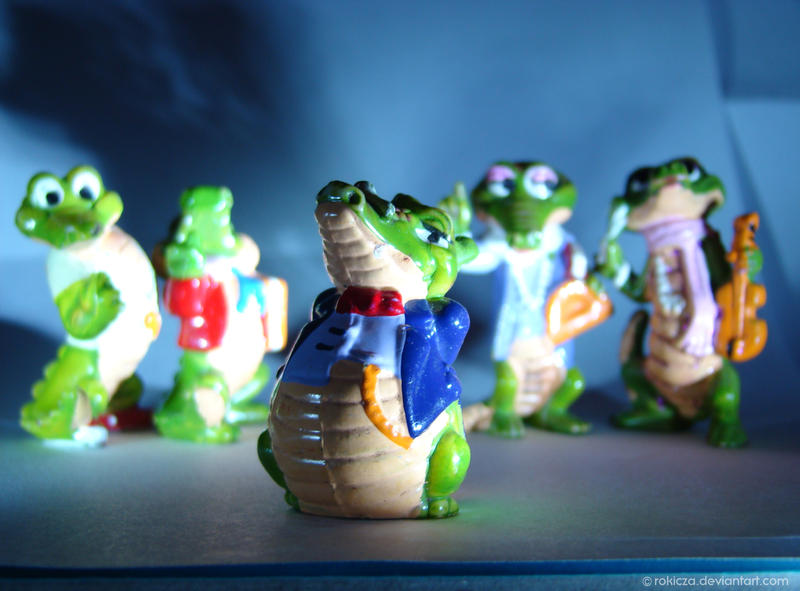 Crocodiles from Kinder Surprise