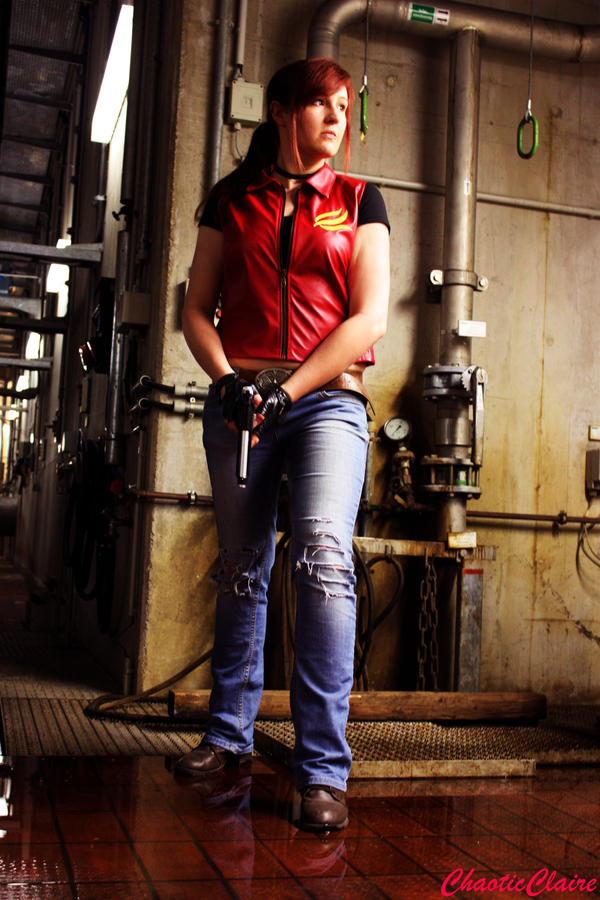 Claire Redfield Cosplay - Antarctica Base by ChaoticClaire