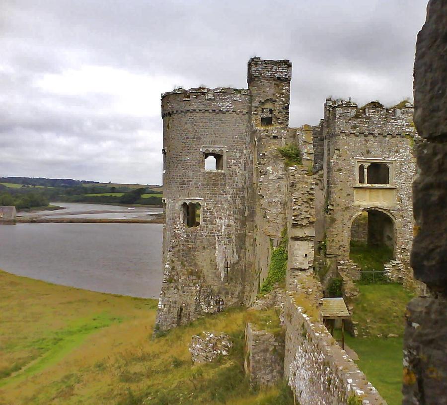 Castle Carew Cymru by HexeMistelzweig