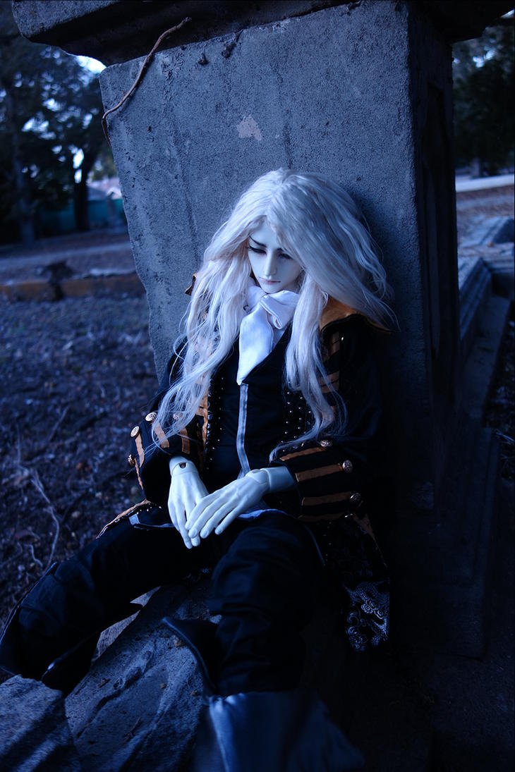 Alucard 7 by batchix