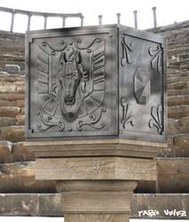 Caja pegaso Pedestal by fabiofenix88