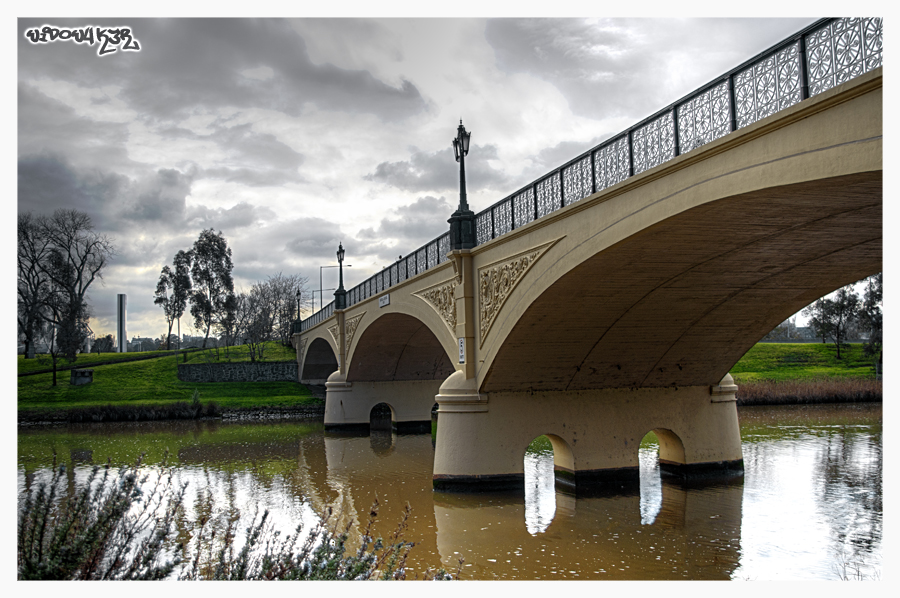 Yarra's Bridges by WiDoWm4k3r
