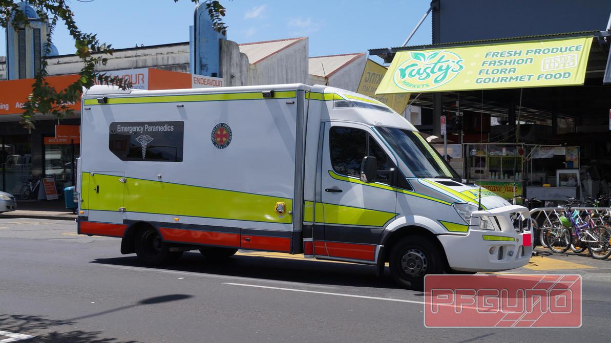 Large Queensland Ambulance by pfgun0 on DeviantArt