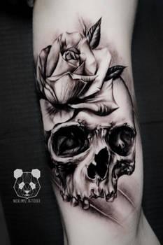 Skull and ross