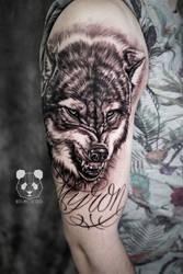 Wolf tattoo in progresssss