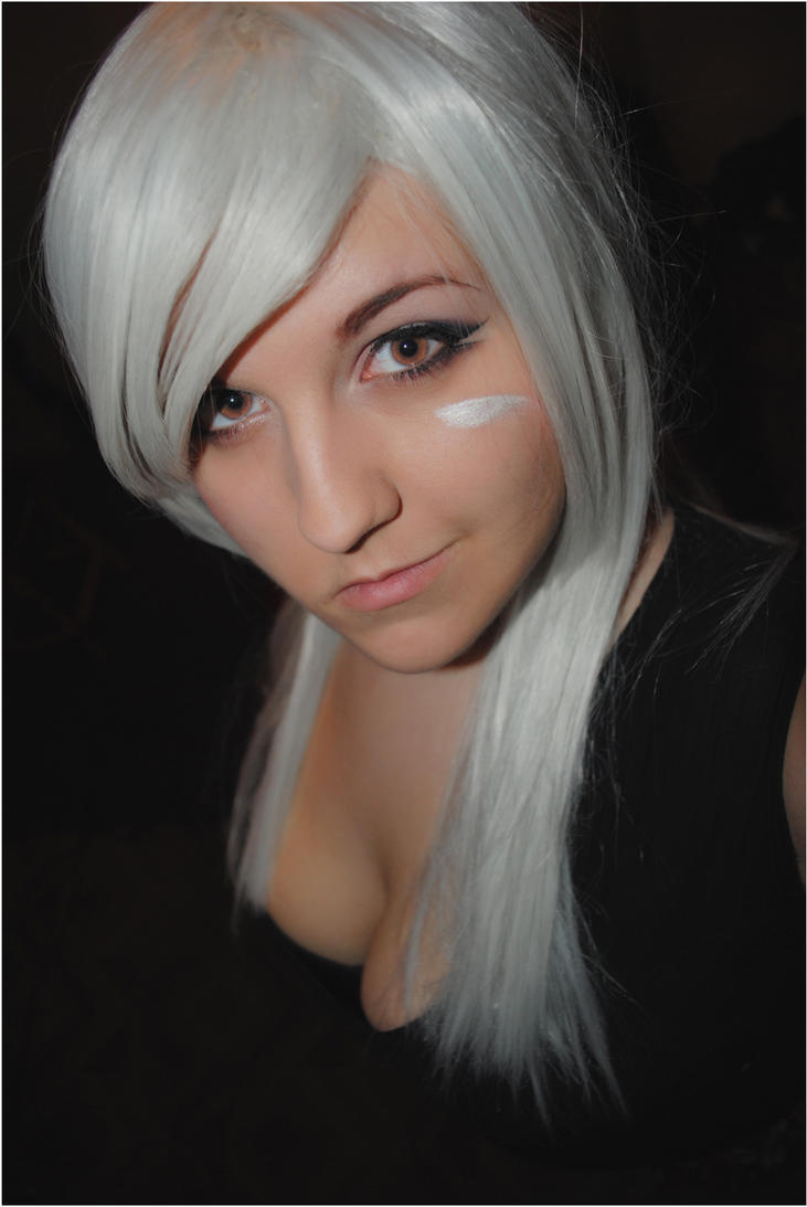 League Of Legends: Riven II by DarkAmyLee