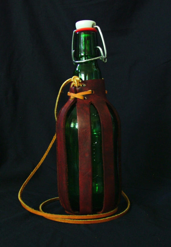 Leather Bottle Sling Quatro by Marcusstratus