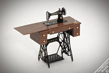 Chrysnbon Sewing Machine