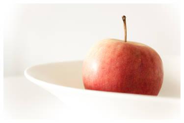 An apple a day... by monsieuralex974