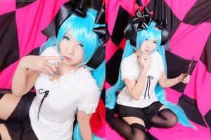 Miku Hatsune: World is hers by kuricurry
