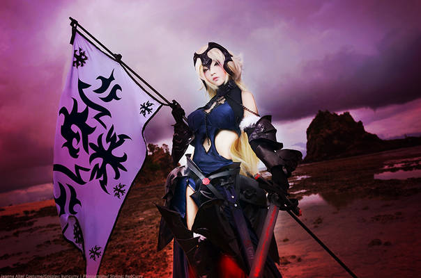 Jeanne Alter Cosplay