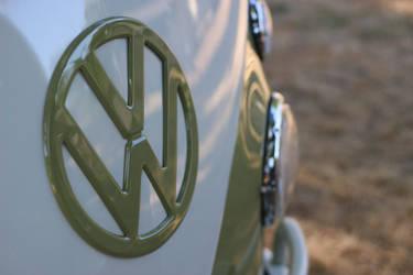 VW Green Bus 1 by foxfoxfox3