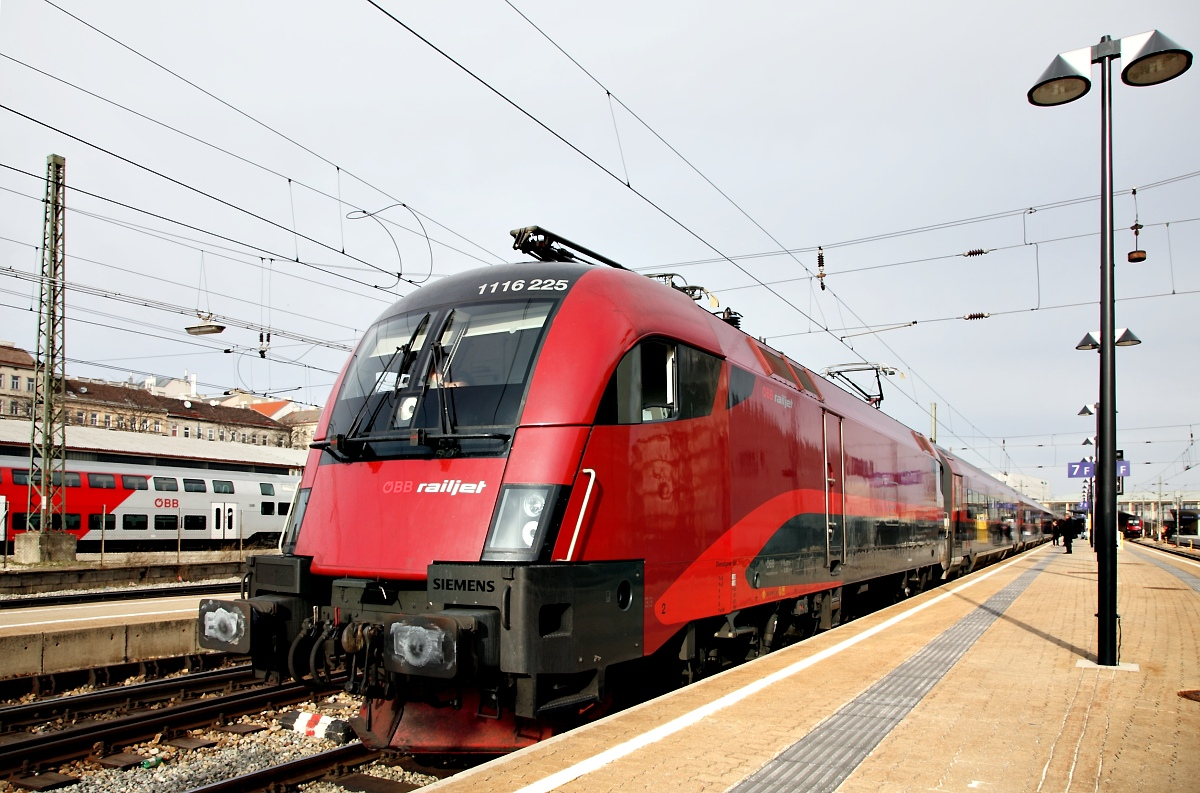 Railjet RJ 662 by focusgallery