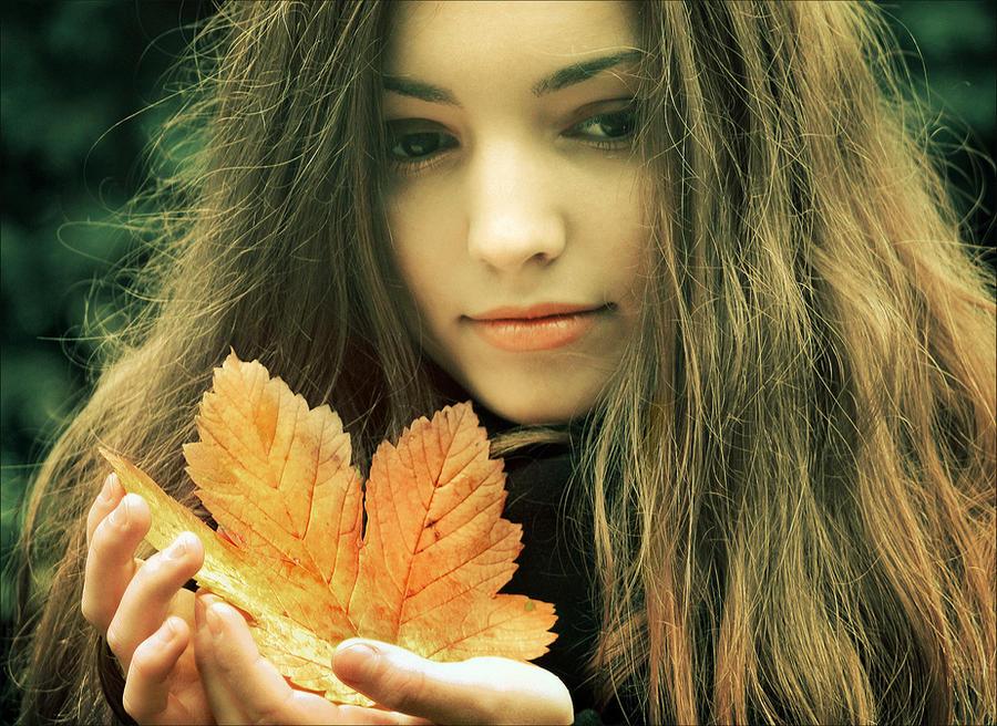 Autumn anacrusis by iNeedChemicalX