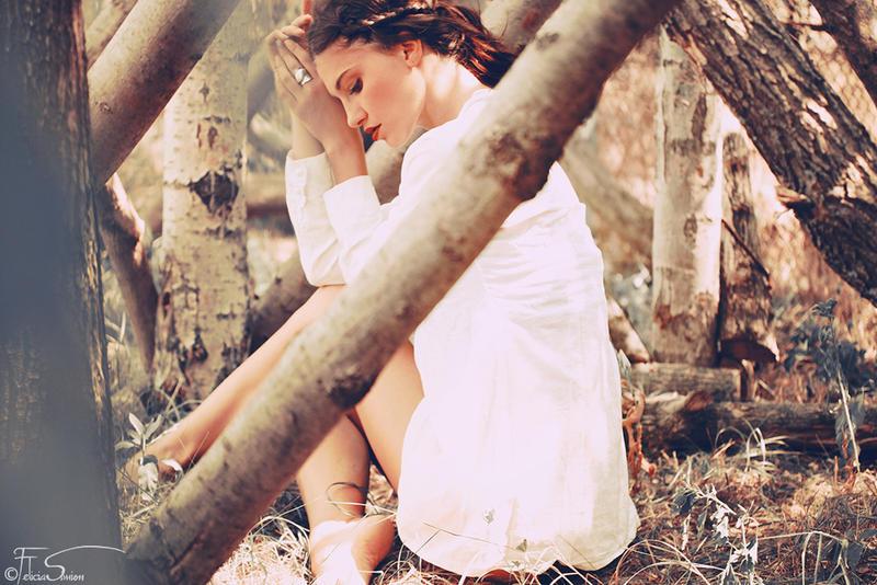 Her inner nest by iNeedChemicalX