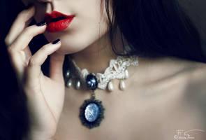 Ivory heart by iNeedChemicalX