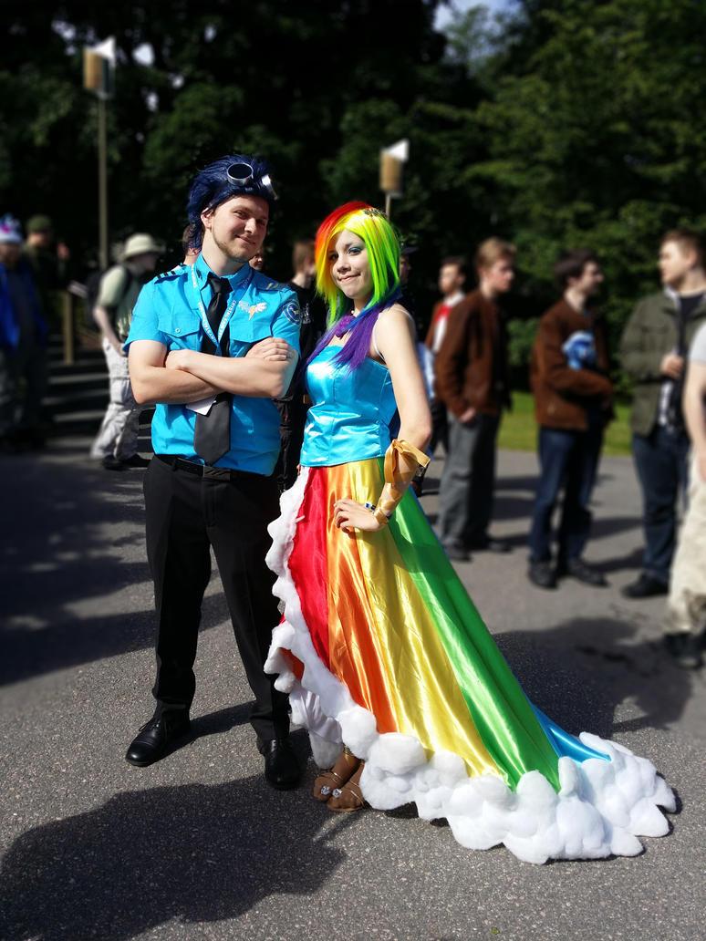 Gala Soarin and Rainbow Dash. by MallyAzure
