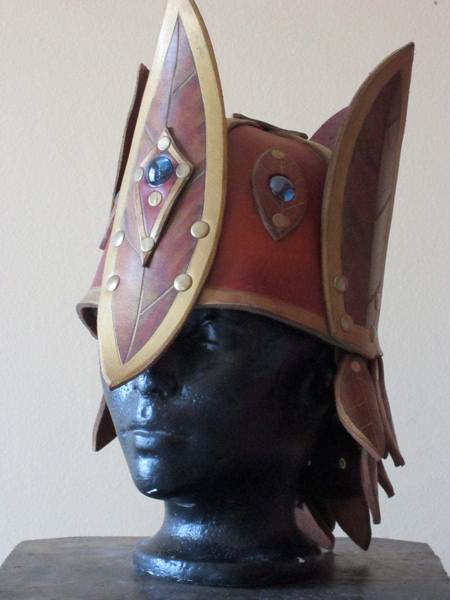 Elven female crownhelm by Flacusetarhadel