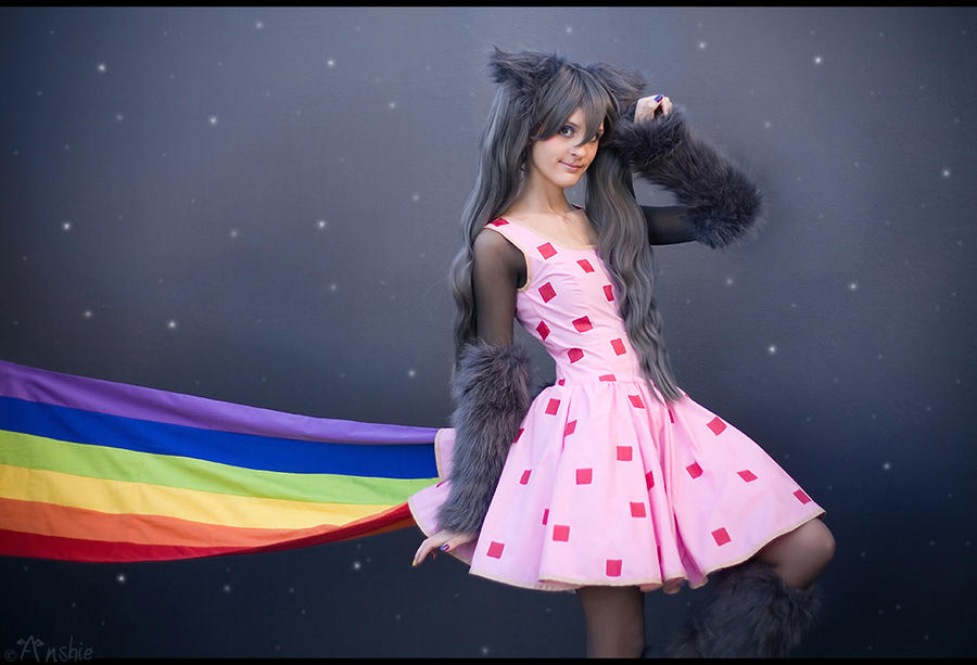 Cosplay du moment ! Nyan_cat_by_ansuchi-d4ms0q0