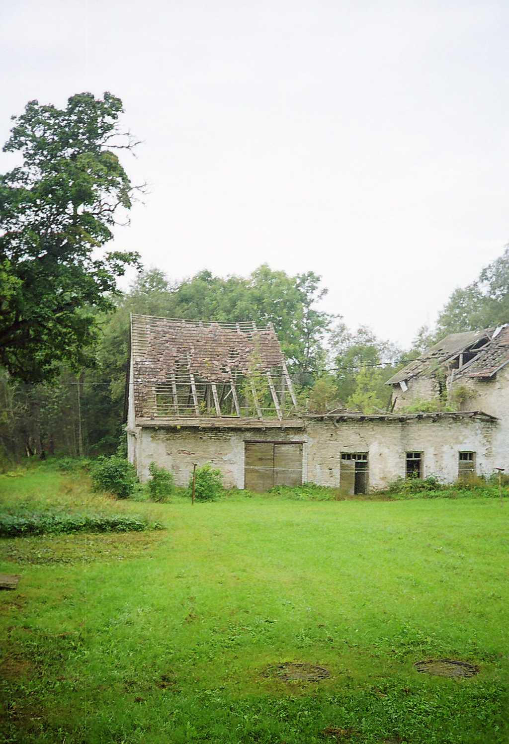 kolga mansion houses 1 by piraaja