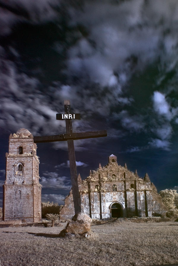 Paoay Church in IR by pinay-malaya