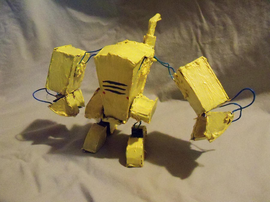 Cardboard Mech (closed cockpit) by LaundryPile