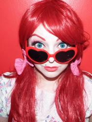 Vintage Heart glasses girl