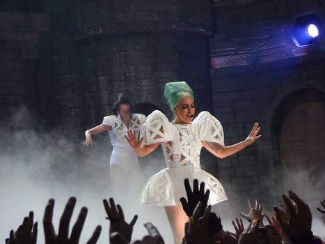 Born This Way Ball VI