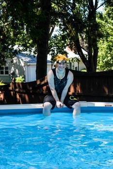 Naruto Goes to the Pool