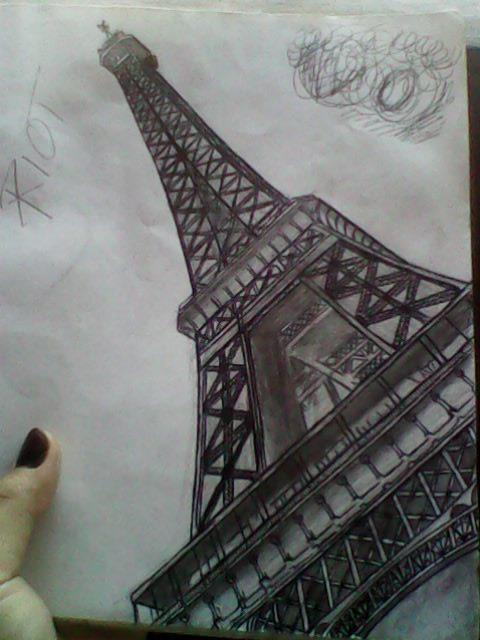 Eiffel Tower by stephanieAurelio