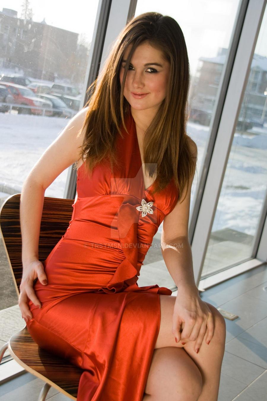 Amanda red dress by trstmsn