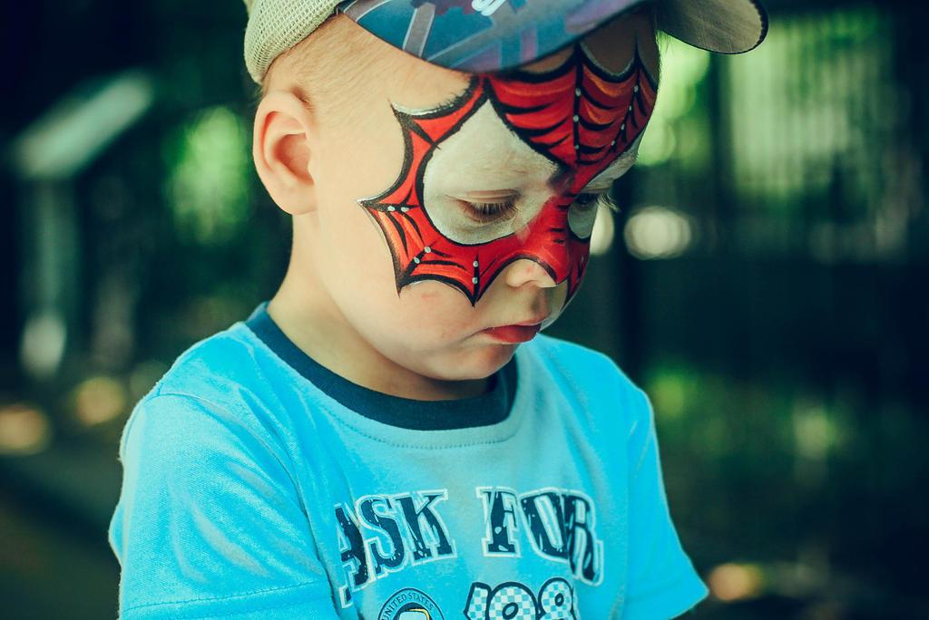 Little Spiderman by Bou-AL