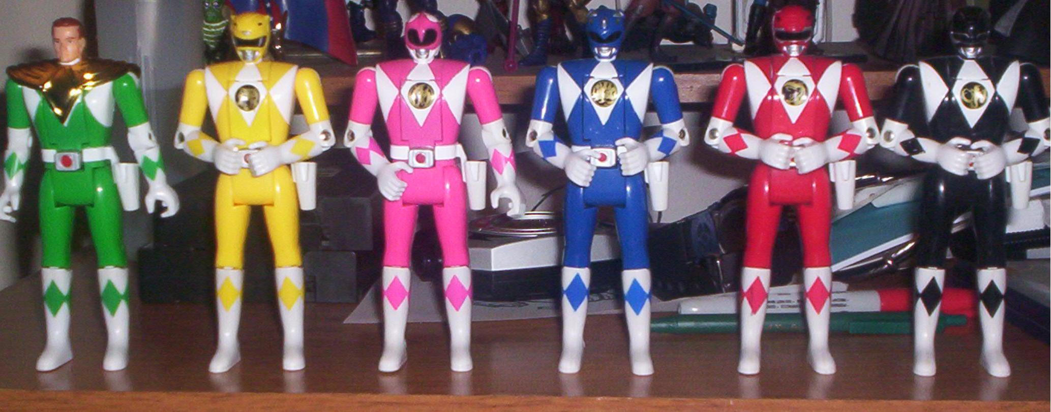 power_ranger_toys_2_by_razielleonhart.jpg