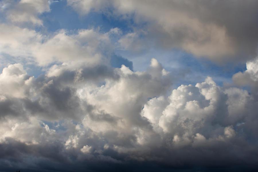 Sky 2 by ManicHysteriaStock