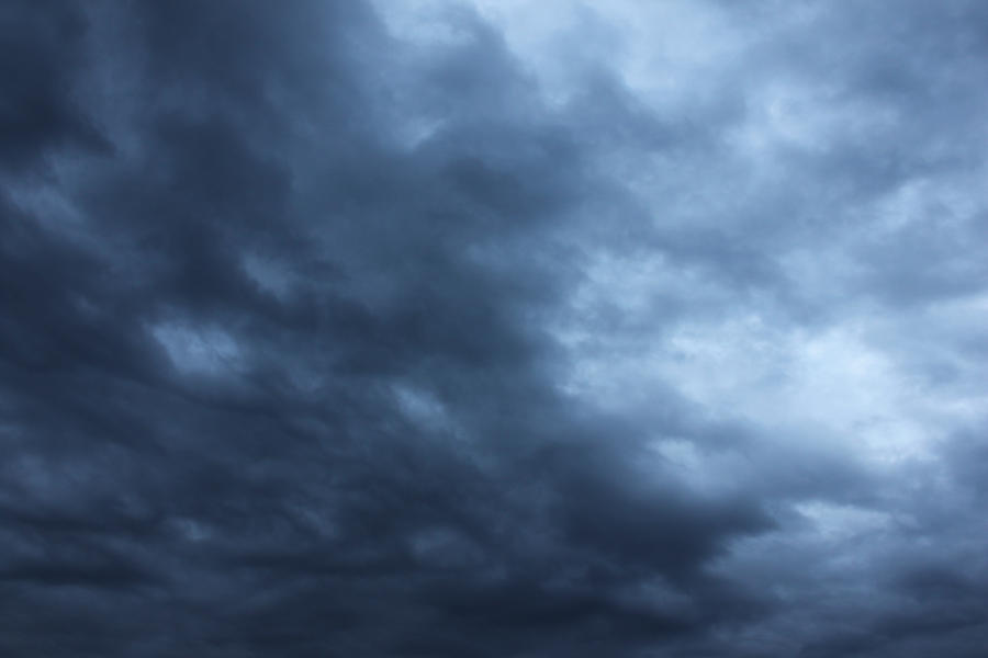 how to add a dynamic stormy sky in photoshop