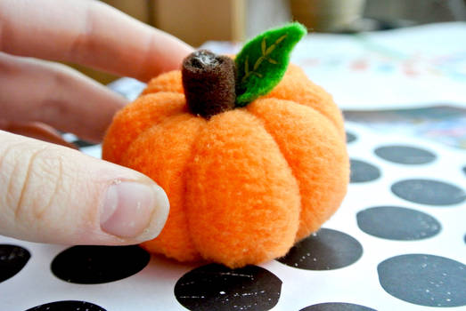 little fleece pumpkin