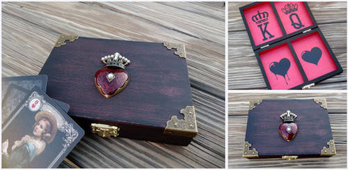 Queen of Hearts Card box