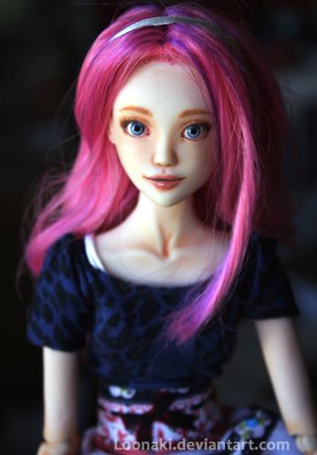 Sophie II by Loonaki