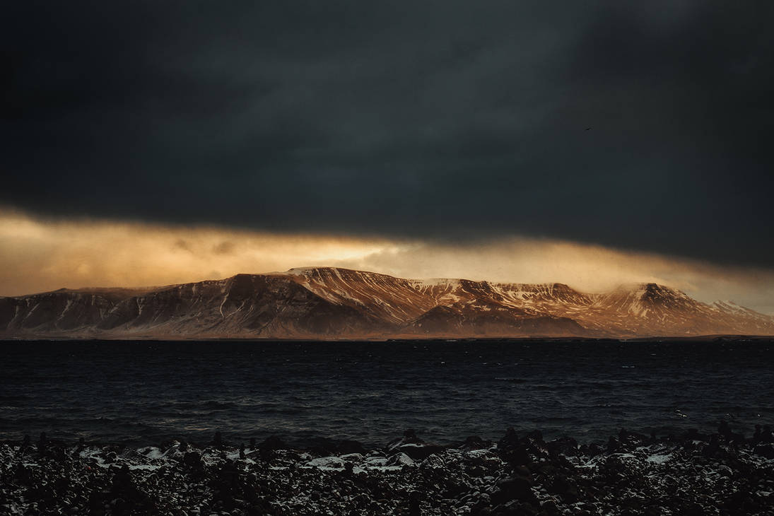 Glow Breaking Through by RaphaelleM